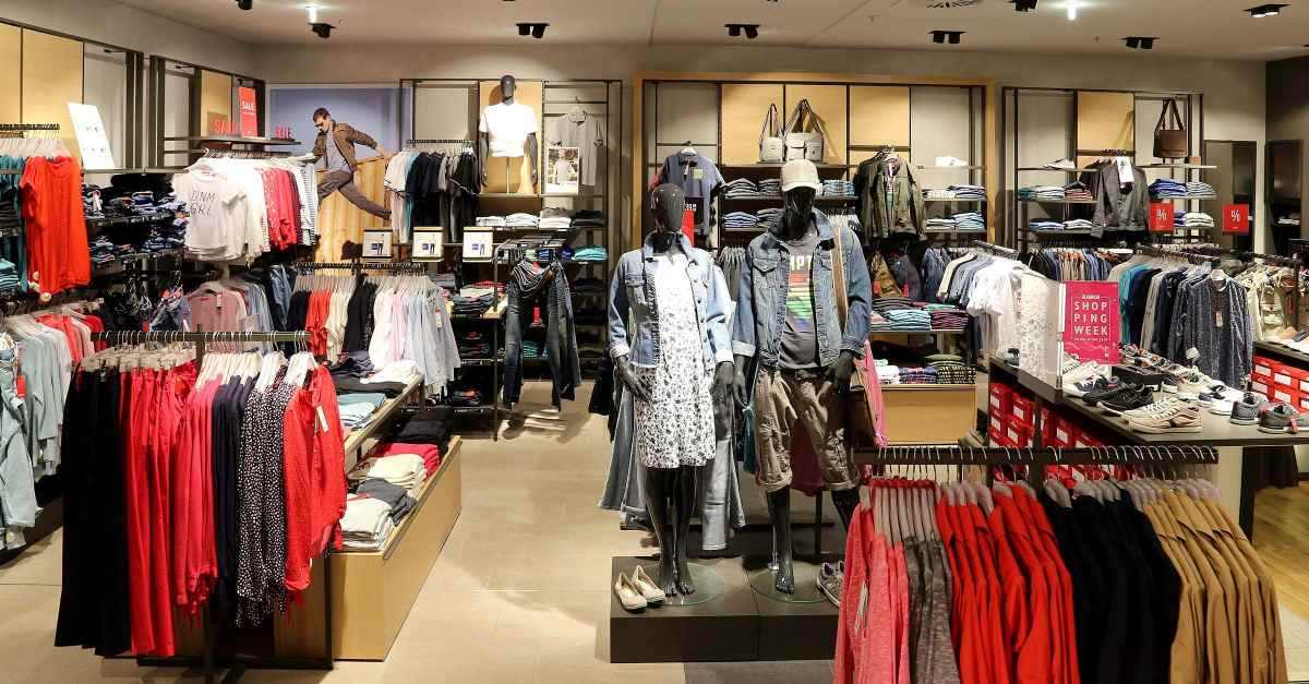 s.Oliver Store Ludwigsburg - RED LABEL